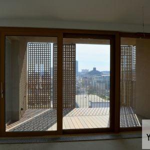 Z balkóna bude skvelý výhľad na dominanty Bratislavy.