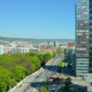 Karadžičova ulica patrí k tým, ktoré majú šancu premeniť sa na mestský bulvár