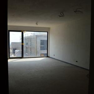 2-izbový byt A1.03, spláňa. Priestor má dostatočnú hĺbku a priestor pre posteľ.