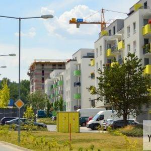 Ulica Pri Hrubej lúke s postupne dokončovaným projektom Tammi.