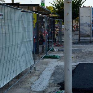 Na tomto mieste bol pred niekoľkými týžňami inštalovaný stojan na bikesharing, aby bol znova odstránený.