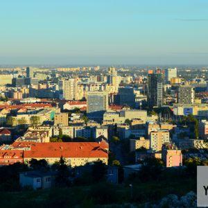 Pohľad cez Nové Mesto a Trnavské mýto do Ružinova
