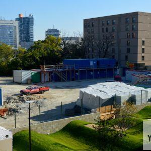 Plocha, kde vznikne dom C. Výstavba štartuje budúci mesiac.
