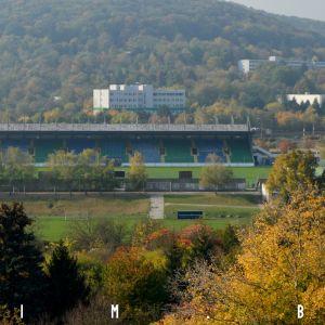 Neďaleko projektu sa nachádza športový areál s futbalovým ihriskom