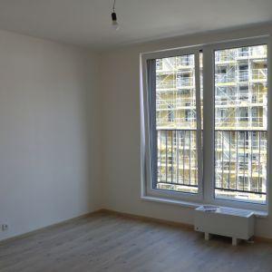 Rozdiel medzi podlahou a balkónom bol v dvoch navštívených projektoch trochu vysoký