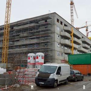 Na nižšej časti projektu sa už začína realizovať fasáda
