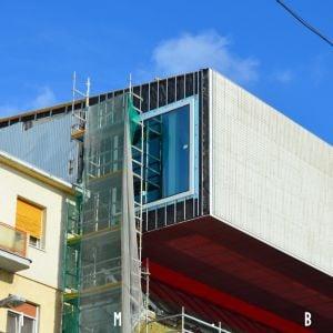 V Premostení vznikli okná, ktoré umožnia výhľady na nábrežnú promenádu