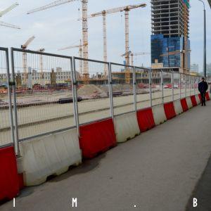 Šírka chodníka v priestore budúcej zastávky MHD bude minimálna