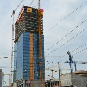 Nivy Tower z Prievozskej / Mlynských nív