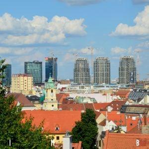 Vývoj Bratislavy na jednej fotografii - od stredovekého mestečka k modernej metropole