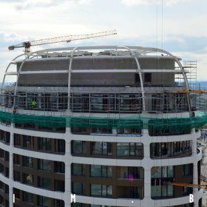 Inštalovanie strešnej konštrukcie na veži II