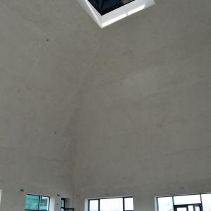 Miestnosť pod kupolou so svetlou výškou 13 metrov