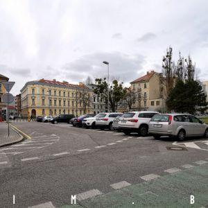 Parkovisko na Šafárikovom námestí tu ostane dlhšie, Hlavné mesto aktuálne nemá záujem o zmenu