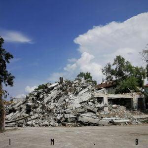 Odstránené zvyšky budovy na Košickej