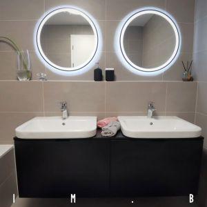 Kúpeľňa v trojizbovom byte od Arcada interior design