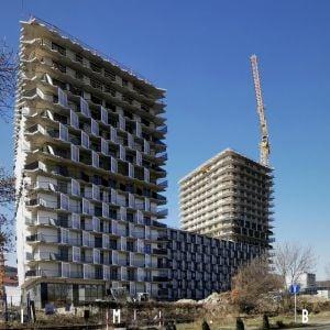 Keď robiť dobrý projekt nestačí: ďalšie komplikácie pre Guthaus