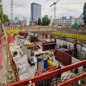 Výstavba Zwirnu postupuje, podobu získava aj námestie pred Pradiarňou