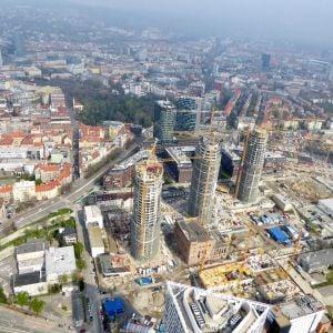 Sky Park, vpravo dole už rastie aj prvá kancelárska veža. Zdroj: Branislav Kaliský