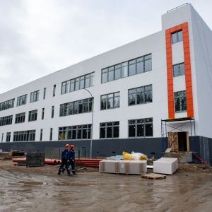 Škola v Petrozavodsku. Zdroj: Peikko