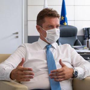 Minister dopravy a výstavby SR Andrej Doležal: Mám obavy, či sa stihne projekt Petržalskej električky